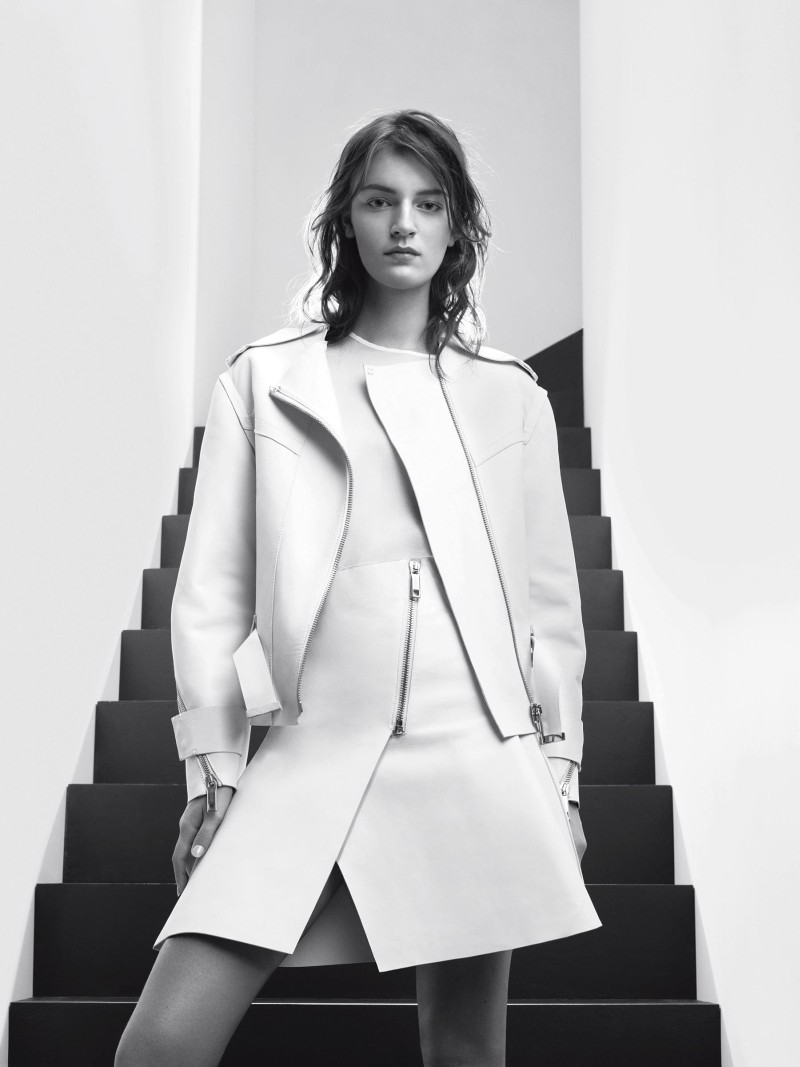 SportmaxSpring2 Laura Kampman Poses in Black and White for Sportmax Spring 2013 Campaign