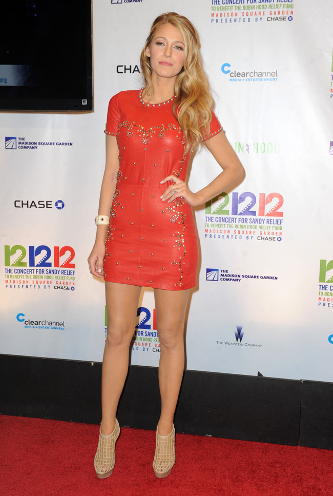 blake3 Blake Lively in Isabel Marant at the 12/12/12 Concert for Sandy Relief