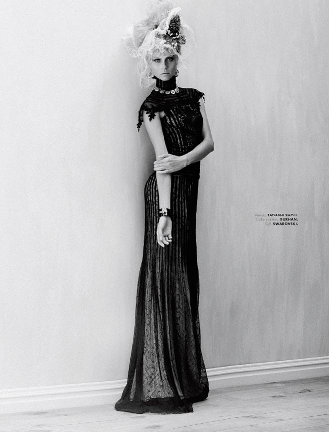 egle2 Egle Tvirbutaite is a Baroque Beauty for Elle Mexico December 2012 by Takahiro Ogawa