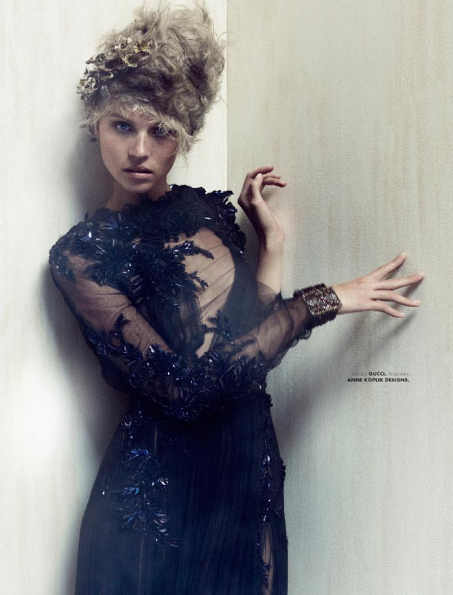 egle5 Egle Tvirbutaite is a Baroque Beauty for Elle Mexico December 2012 by Takahiro Ogawa
