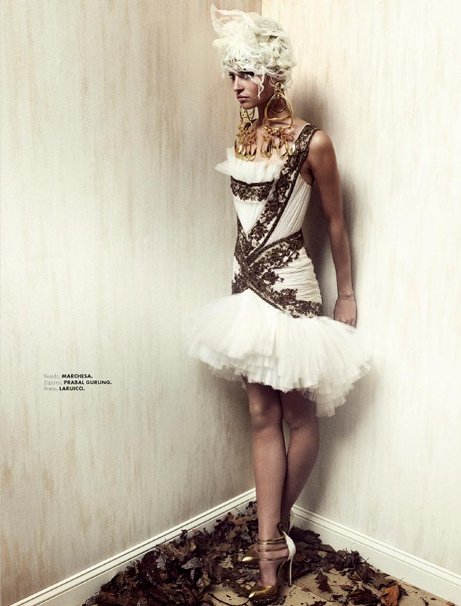 Egle Tvirbutaite is a Baroque Beauty for Elle Mexico December 2012 by Takahiro Ogawa