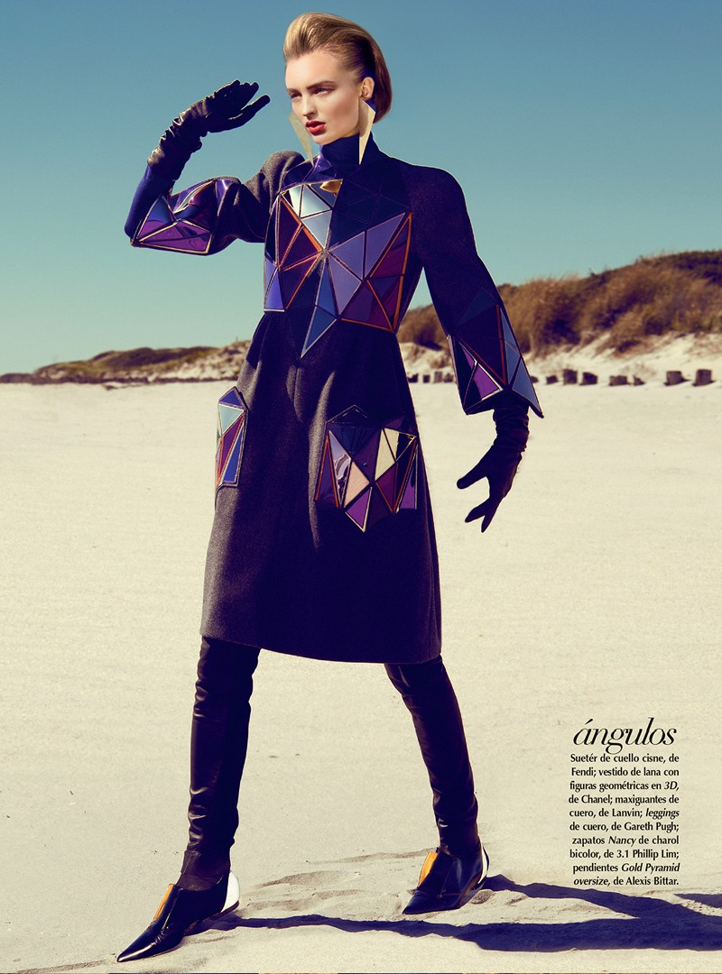 georgina4 Georgina Stojilijkovic Gets Futuristic for Vogue Latin America December 2012 by Kevin Sinclair