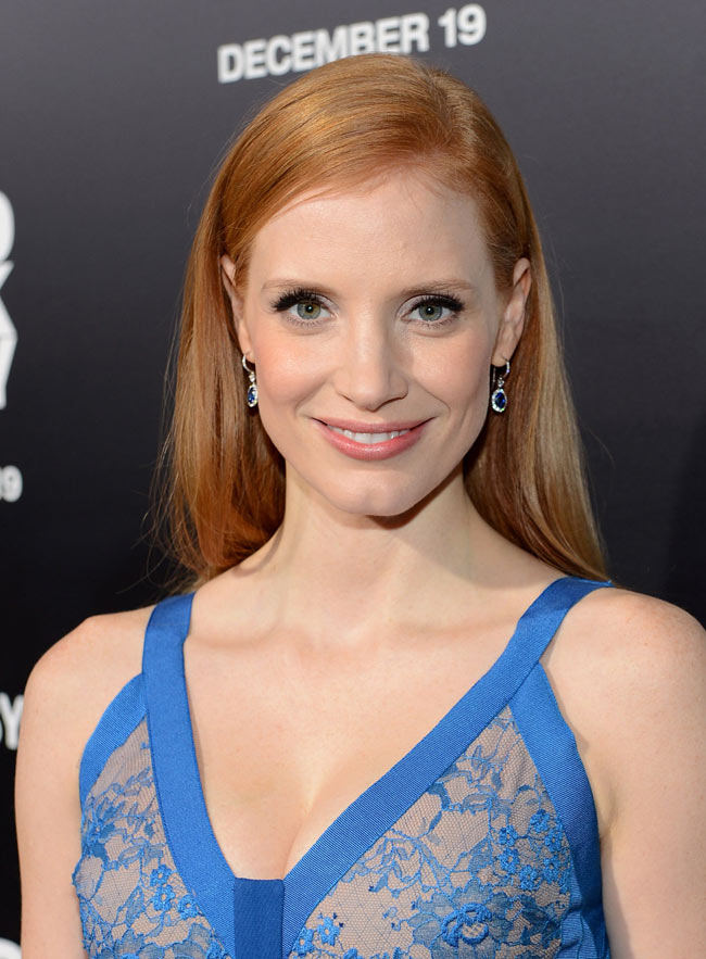 jessica1 Jessica Chastain in Elie Saab at Zero Dark Thirty Los Angeles Premiere