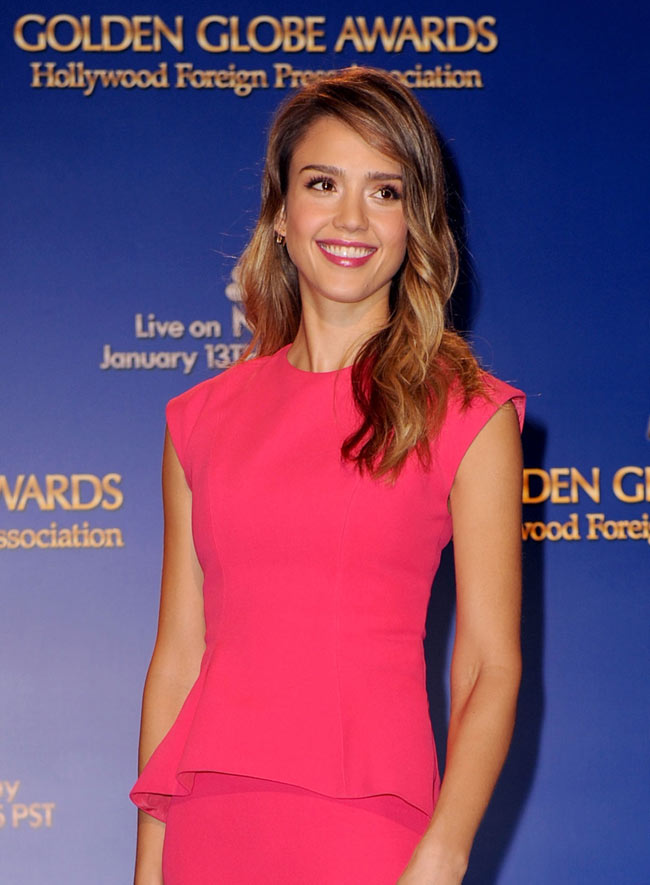 jessica11 Jessica Alba in Dior at the Golden Globe Awards Nominations