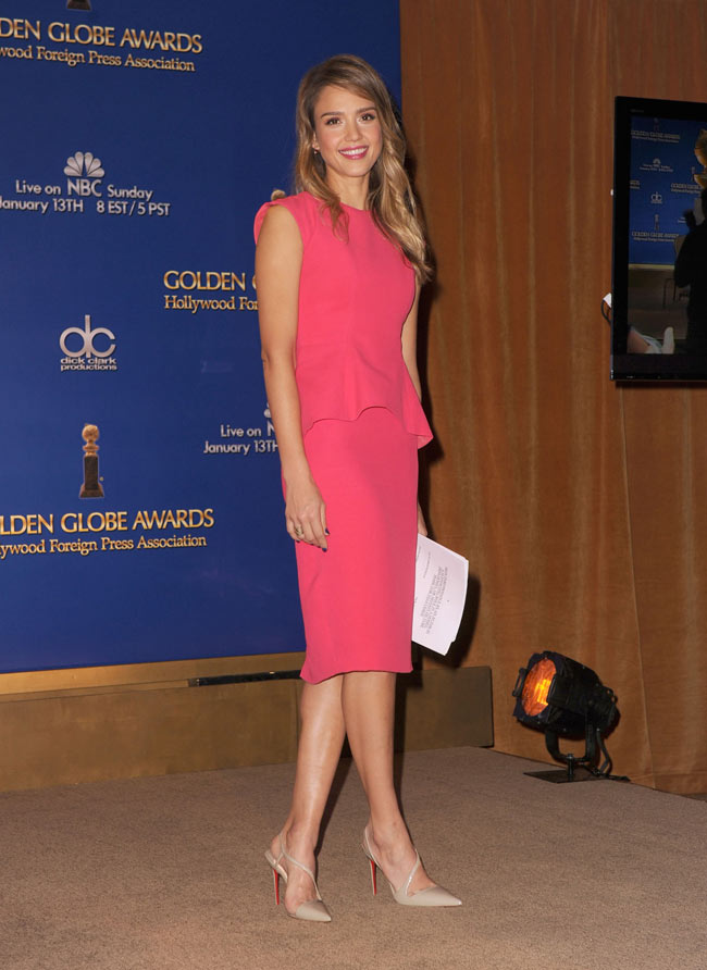 jessica31 Jessica Alba in Dior at the Golden Globe Awards Nominations