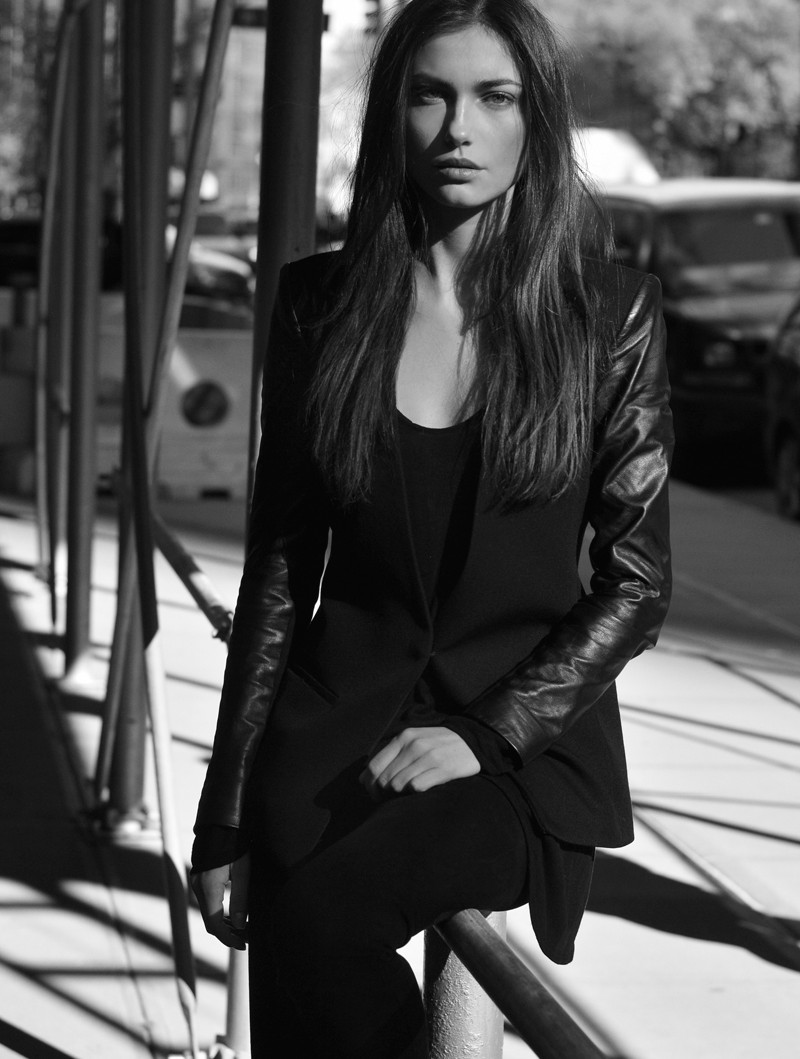 Kat Zakharchenko by Willis Roberts