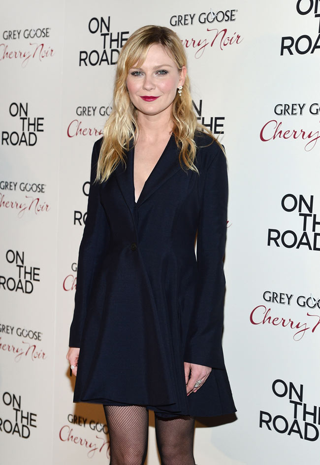 kirsten1 Kirsten Dunst in Dior at the On the Road New York Premiere