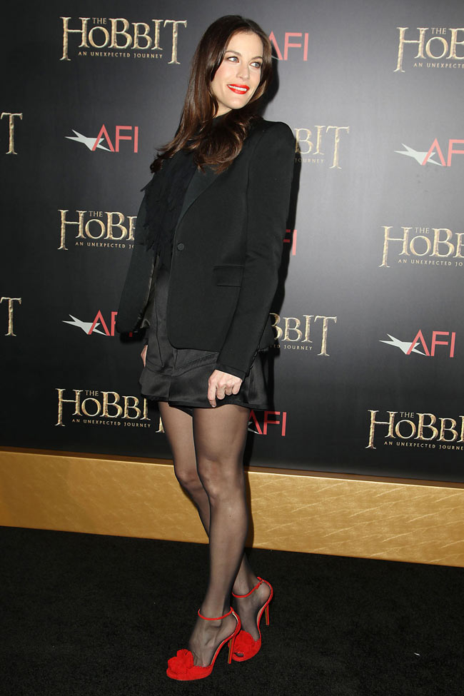 liv2 Liv Tyler in Givenchy at The Hobbit: An Unexpected Journey New York Premiere