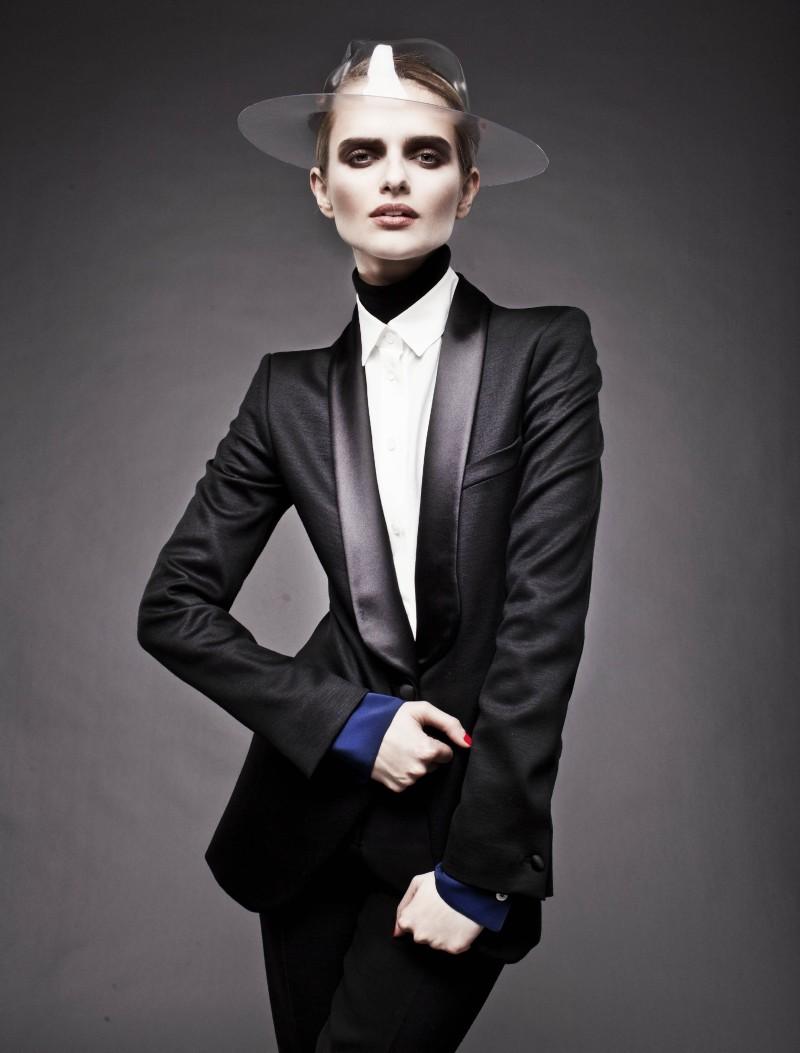 stolnick2 Anna Zakusilo Sports Minimal Luxe for Stolnick Magazine