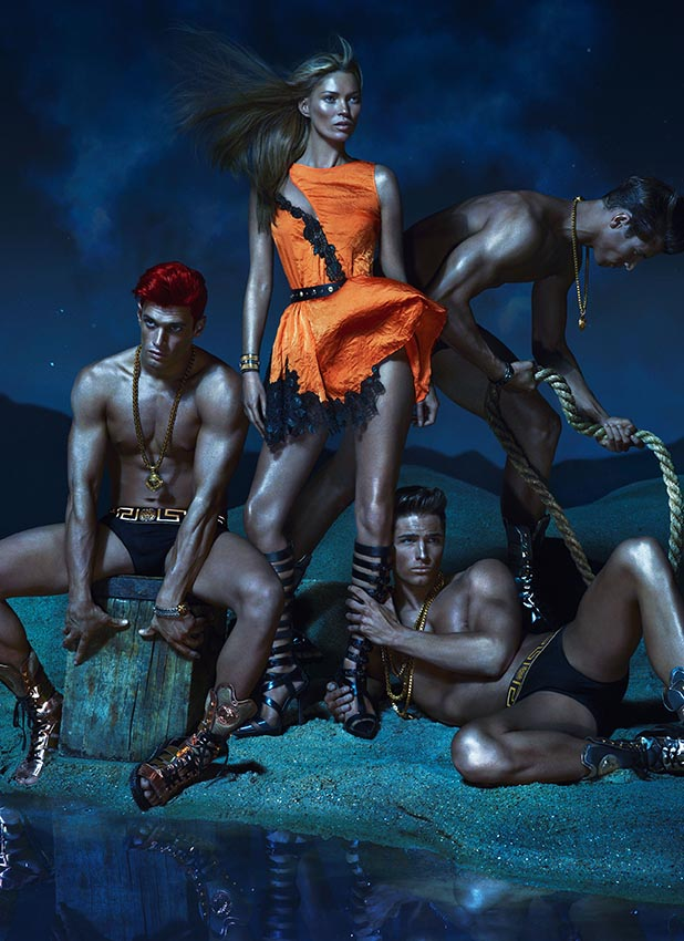 versacespring3 Versace Enlists Kate Moss, Daria Werbowy and Joan Smalls for its Spring 2013 Campaign