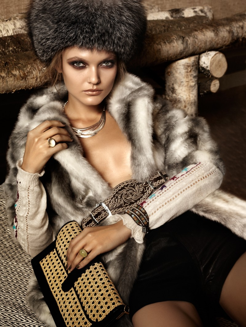 winter4 Jaclyn Adams Lenses Cozy Winter Fashion for Plaza Kvinna