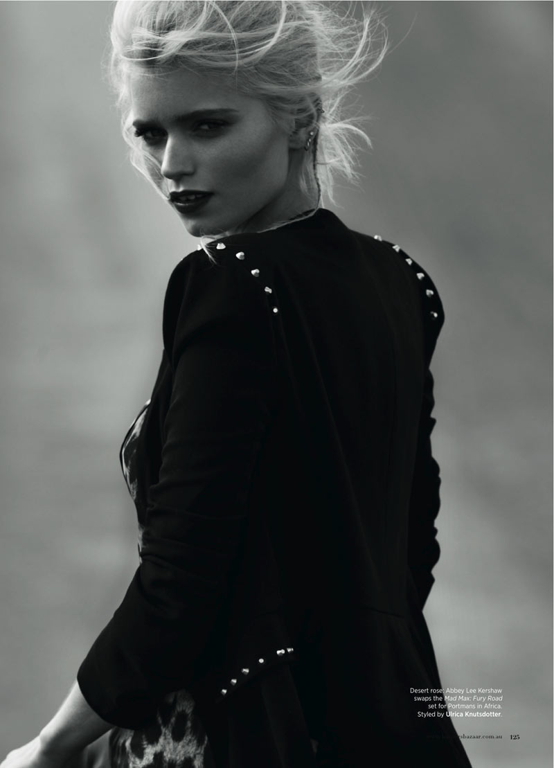AbbeyLeeBazaar3 Abbey Lee Kershaw Takes to the Desert for Harpers Bazaar Australia January 2013 by Simon Upton