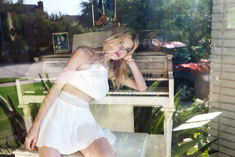 Ashley Smith Fronts For Love & Lemons' Spring 2013 Campaign
