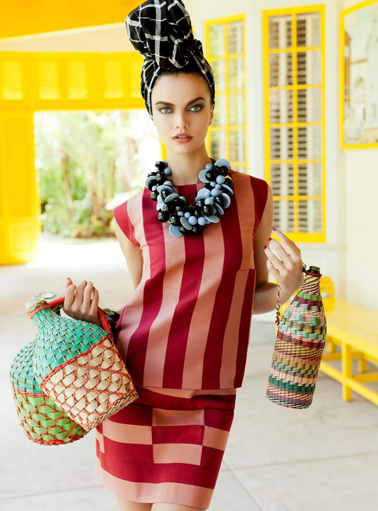 BarbaraElle11 Barbara Fialho Gets Tropical for Elle Mexico January 2013, Shot by Danny Cardozo
