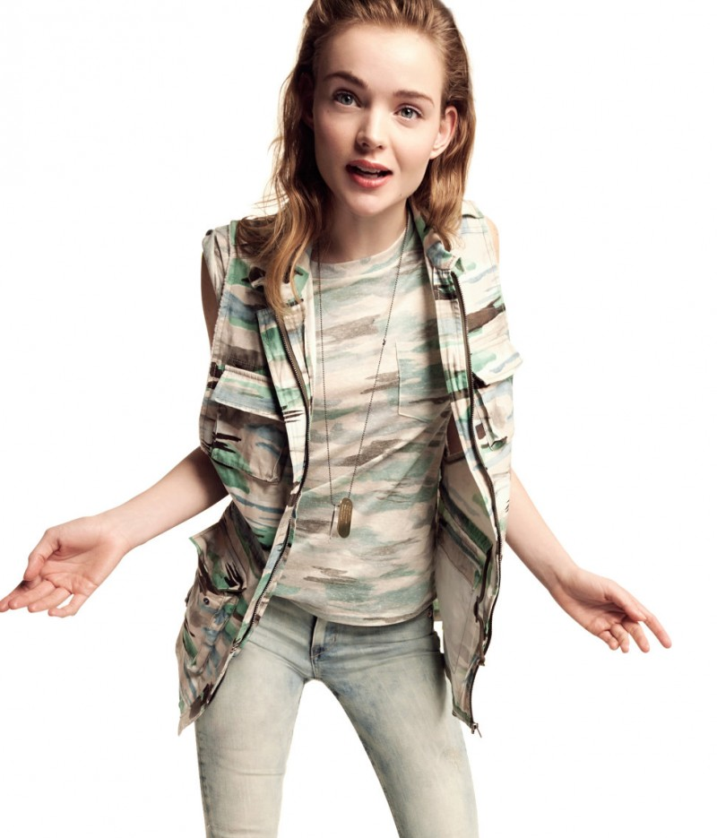 HMDivided7 800x935 H&M Enlists Svea Kloosterhof for its Divided Collection