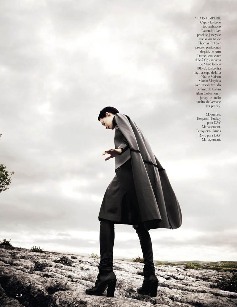 KingaRajzak3 Kinga Rajzak Dons Winter Wear for Vogue Spain January 2013 by Jason Kibbler