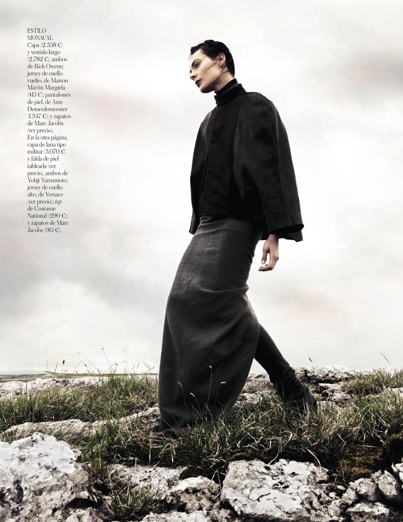 KingaRajzak8 Kinga Rajzak Dons Winter Wear for Vogue Spain January 2013 by Jason Kibbler