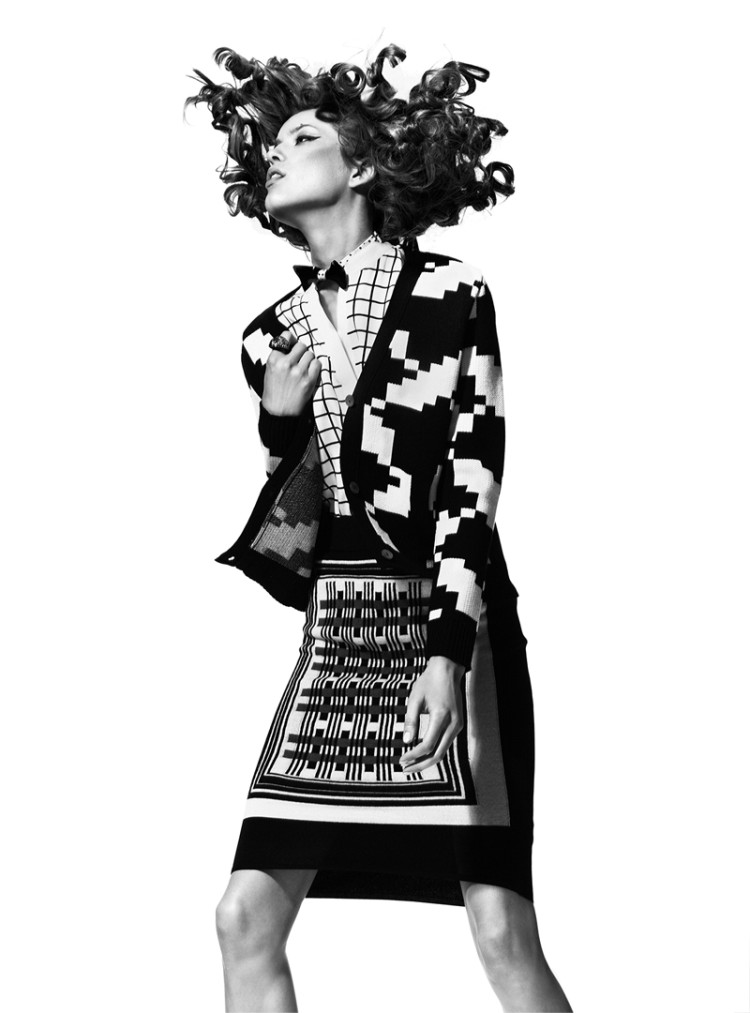 MadameFeb10 Yulia Kharlapanova Wears Black and White in Madame Magazine February 2013 by Kevin Sinclair