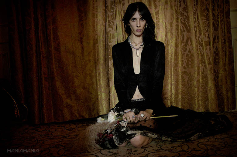 ManiaMania10 ManiaMania Enlists Jamie Bochert for its Performance Campaign
