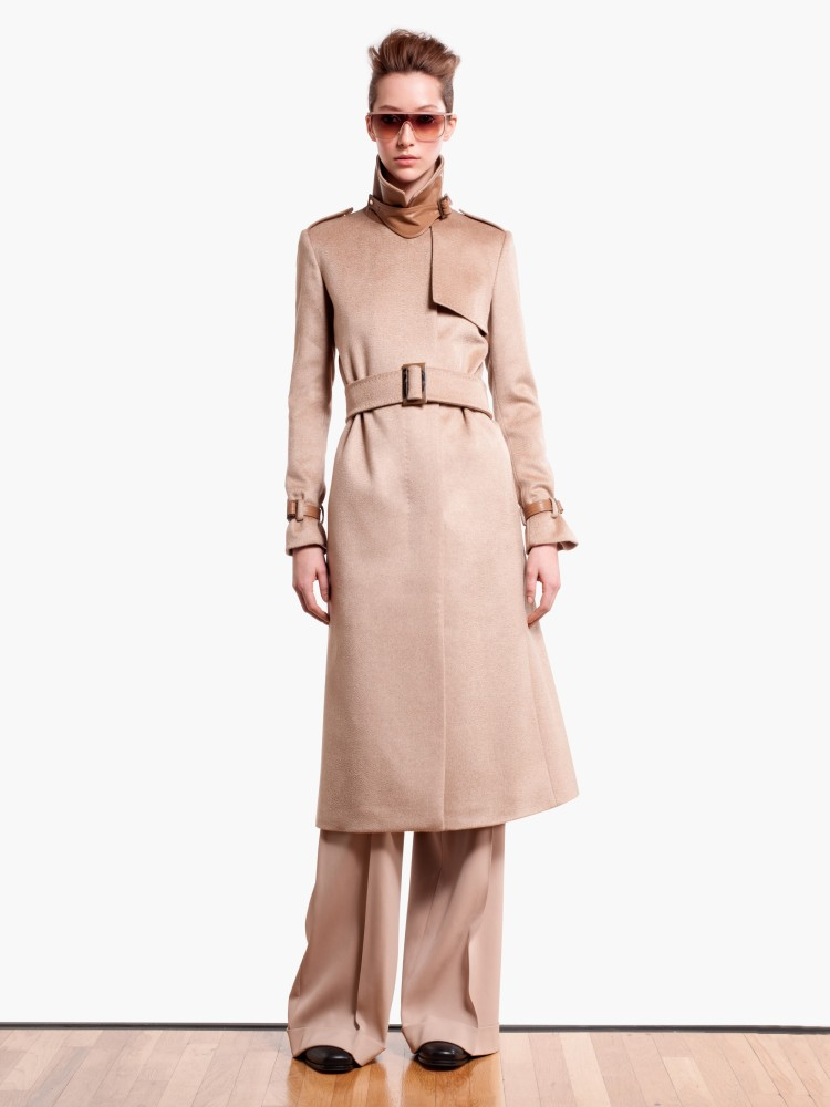 MaxMaraPF1 Max Mara Showcases Oversized Elegance for its Pre Fall 2013 Collection