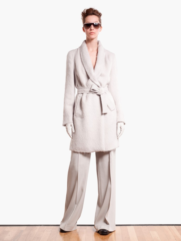 MaxMaraPF17 Max Mara Showcases Oversized Elegance for its Pre Fall 2013 Collection
