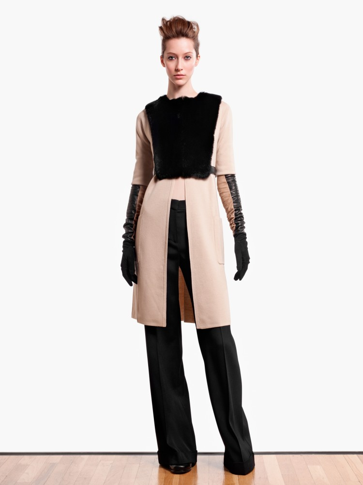 MaxMaraPF8 Max Mara Showcases Oversized Elegance for its Pre Fall 2013 Collection