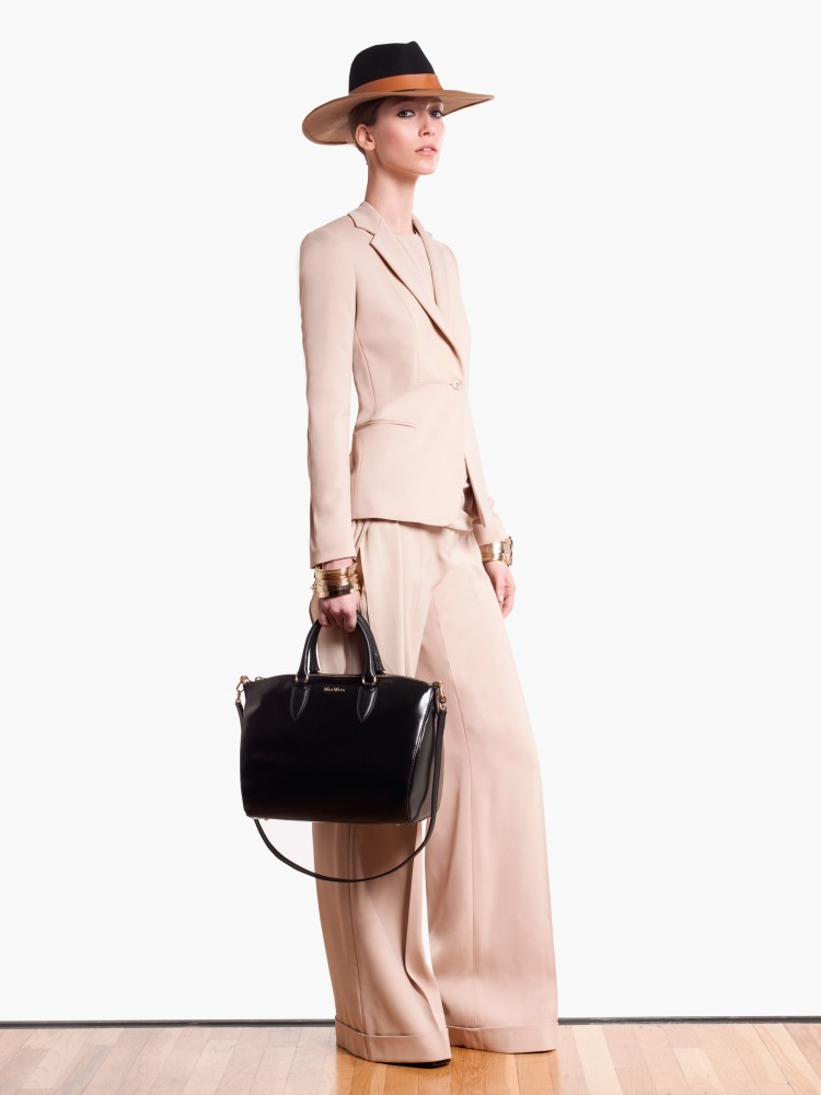 MaxMaraPF9 Max Mara Showcases Oversized Elegance for its Pre Fall 2013 Collection