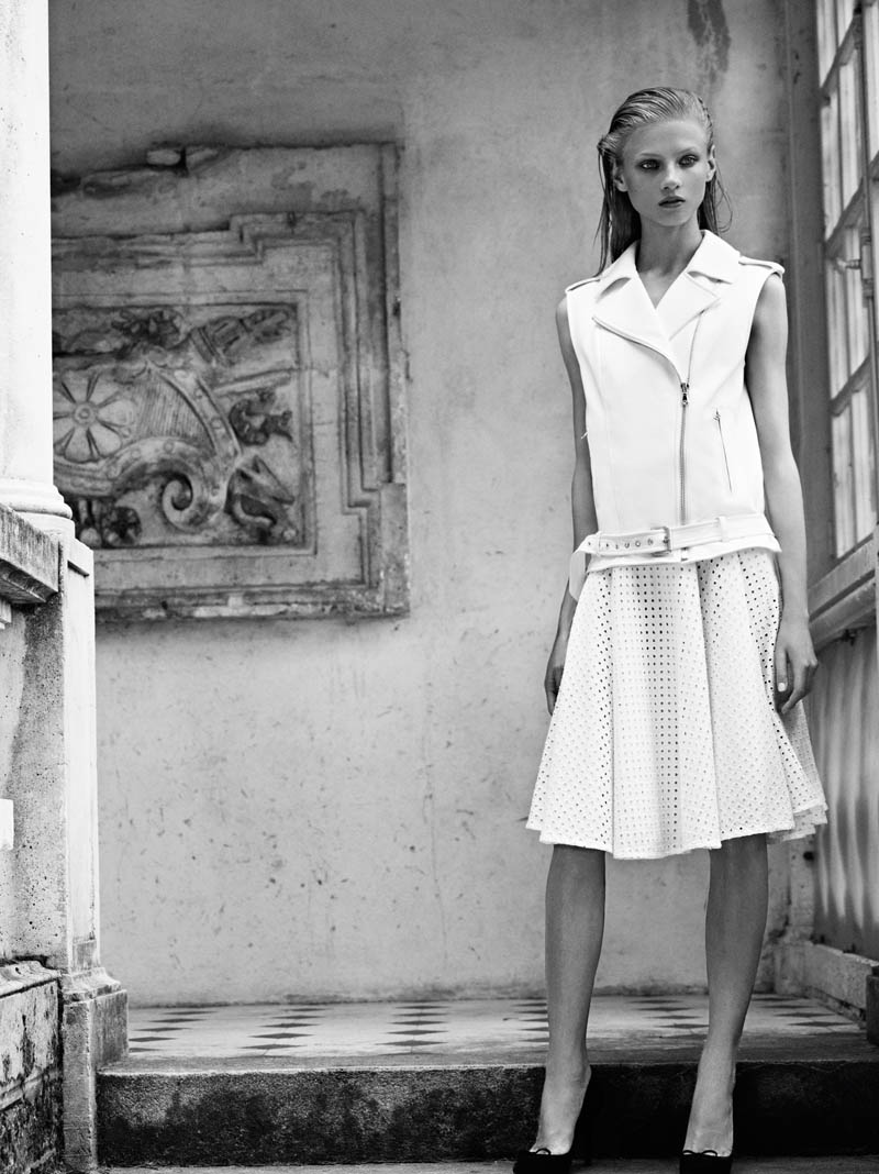 Pierre Balmain SS13 Lookbook Page 26 Anna Selezneva Keeps it Understated in Pierre Balmains Spring 2013 Campaign