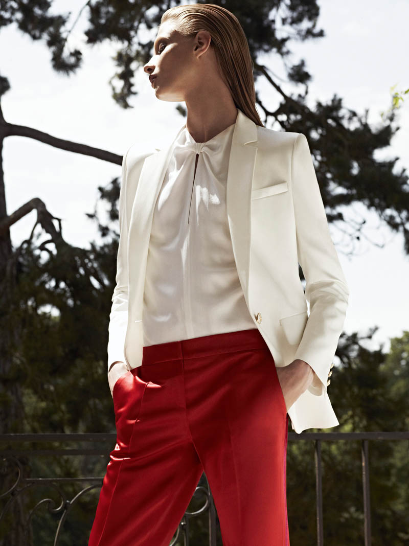 Pierre Balmain SS13 Lookbook Page 39 Anna Selezneva Keeps it Understated in Pierre Balmains Spring 2013 Campaign