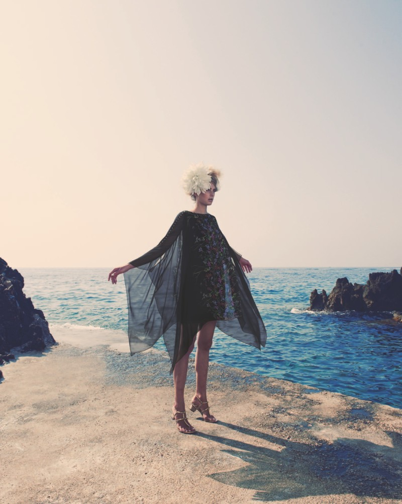 SigridNeimanBook9 Sigrid Agren Has a Coastal Getaway for the Neiman Marcus Resort 2013 Book