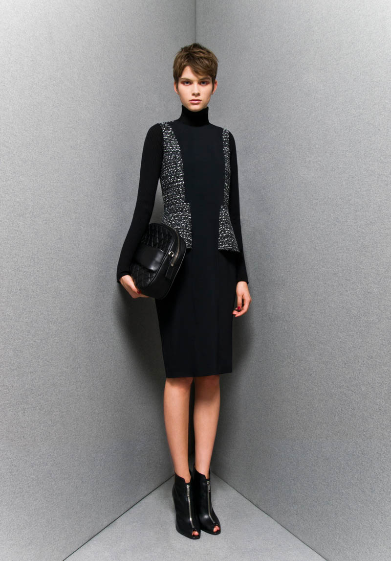 SportmaxPF17 Sportmaxs Dark, Voluminous Pre Fall 2013 Collection