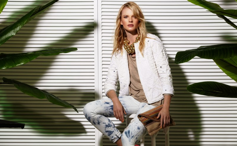 Suiteblanco ss13 campaign woman 03 800x492 Anne Vyalitsyna Poses for SuiteBlanco Spring/Summer 2013 Campaign