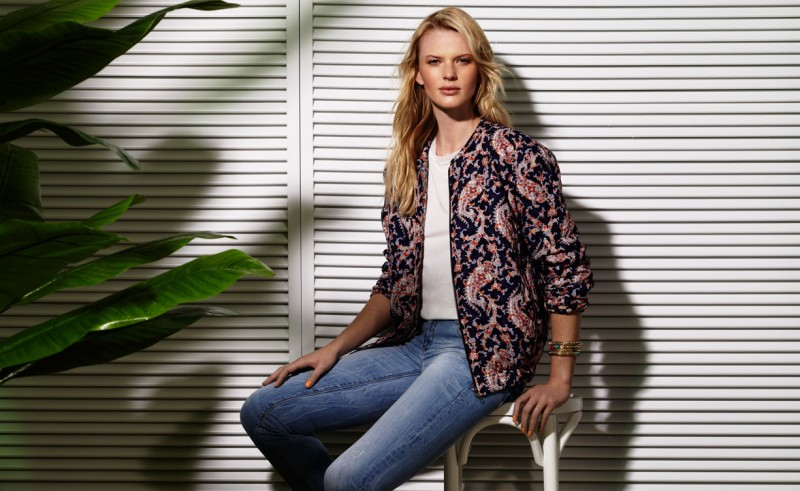Suiteblanco ss13 campaign woman 07 800x491 Anne Vyalitsyna Poses for SuiteBlanco Spring/Summer 2013 Campaign