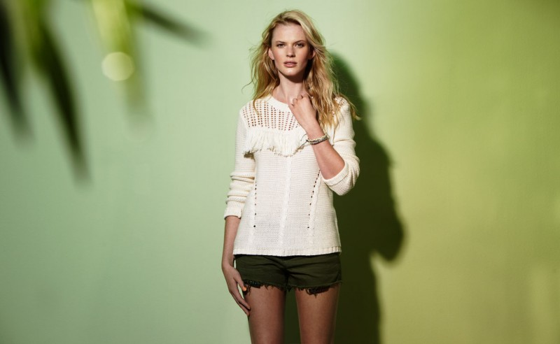 Suiteblanco ss13 campaign woman 20 800x492 Anne Vyalitsyna Poses for SuiteBlanco Spring/Summer 2013 Campaign