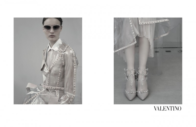 ValentinoMoon1 800x521 Codie Young, Maud Welzen and Tilda Lindstam Are Icy Beauties for the Valentino Spring 2013 Campaign by Sarah Moon