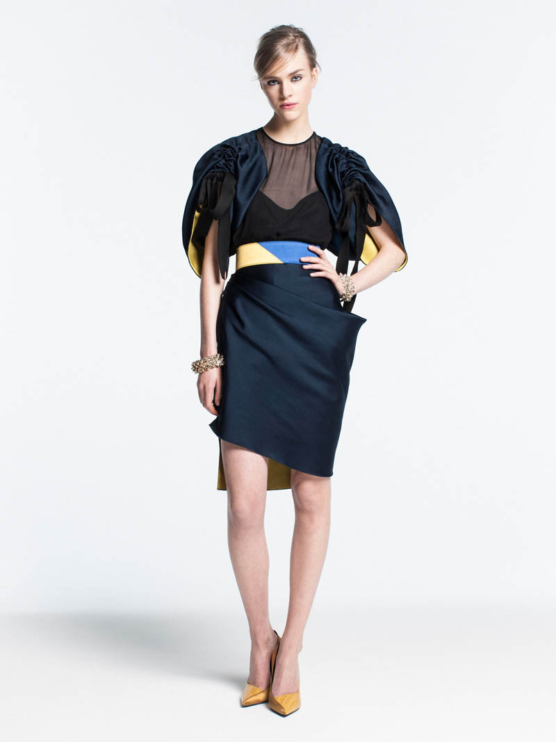 VionnetPF1 Vionnet Showcases Color Blocking Looks for its Pre Fall 2013 Collection