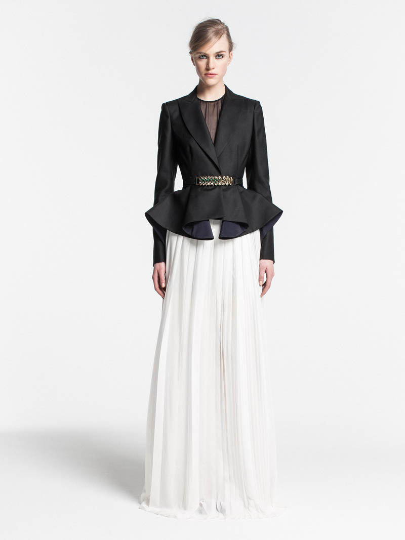 VionnetPF27 Vionnet Showcases Color Blocking Looks for its Pre Fall 2013 Collection