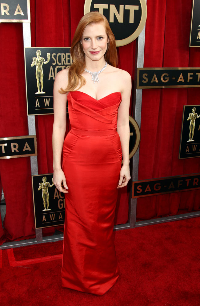 jessica sag1 Jessica Chastain in Alexander McQueen at the 19th Annual Screen Actors Guild Awards