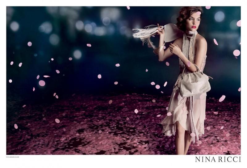 nina ricci2 800x543 Arizona Muse Fronts Nina Riccis Spring 2013 Campaign by Inez & Vinoodh
