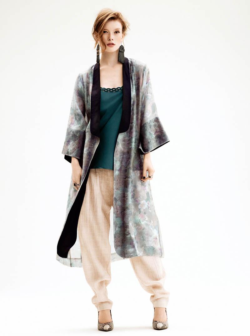 H&M Taps Julia Hafstrom for Summer 2013 Lookbook