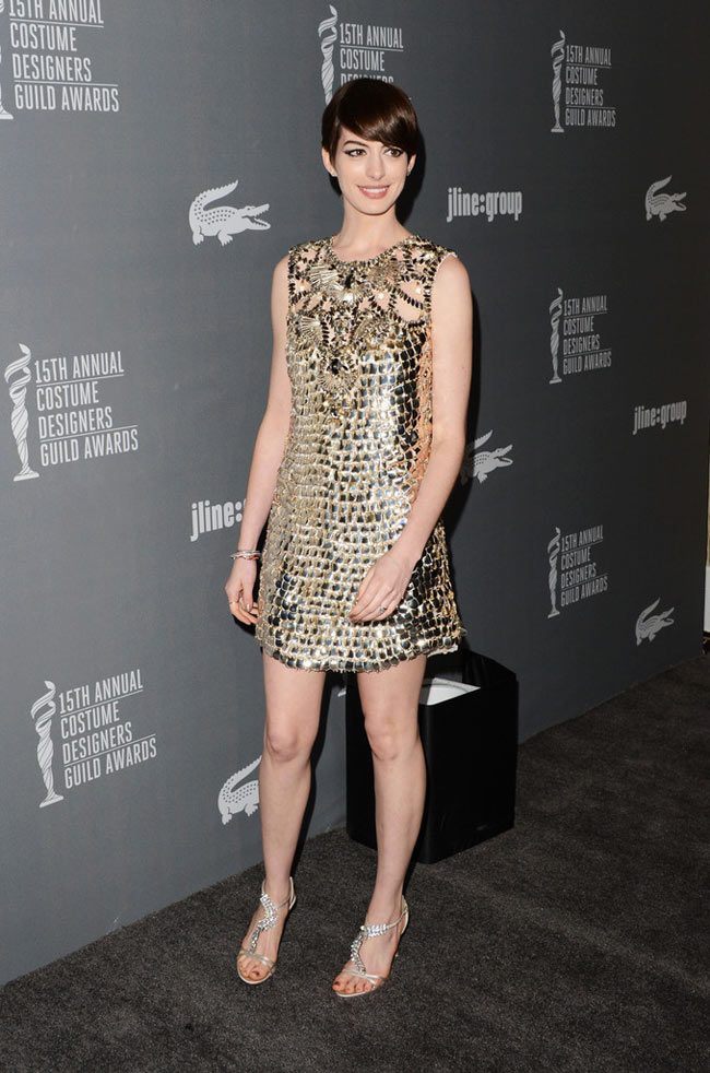 Anne Gucci1 Anne Hathaway in Gucci at the 15th Annual Costume Designers Guild Awards