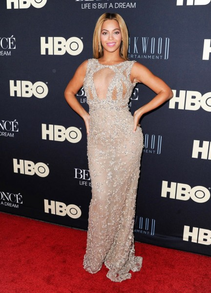 "Beyonce in Elie Saab at ""Beyonce: Life Is But A Dream"" New York Premiere"