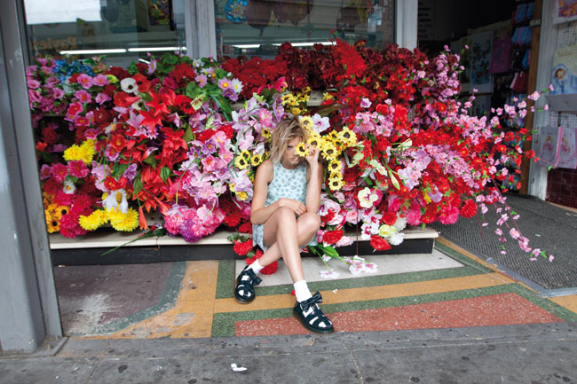 DM ADSS13 2795 RTG Agyness Deyn Teams Up with Dr. Martens for Second Collaboration
