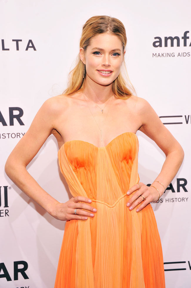 Doutzen Amfar2 Doutzen Kroes in J. Mendel at the amfAR New York Gala