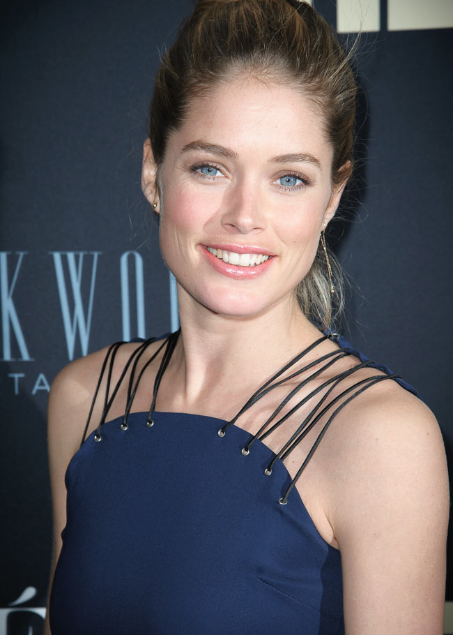 """Doutzen Kroes in Versus at the """"Beyonce: Life is But A Dream"""" New York Premiere"""