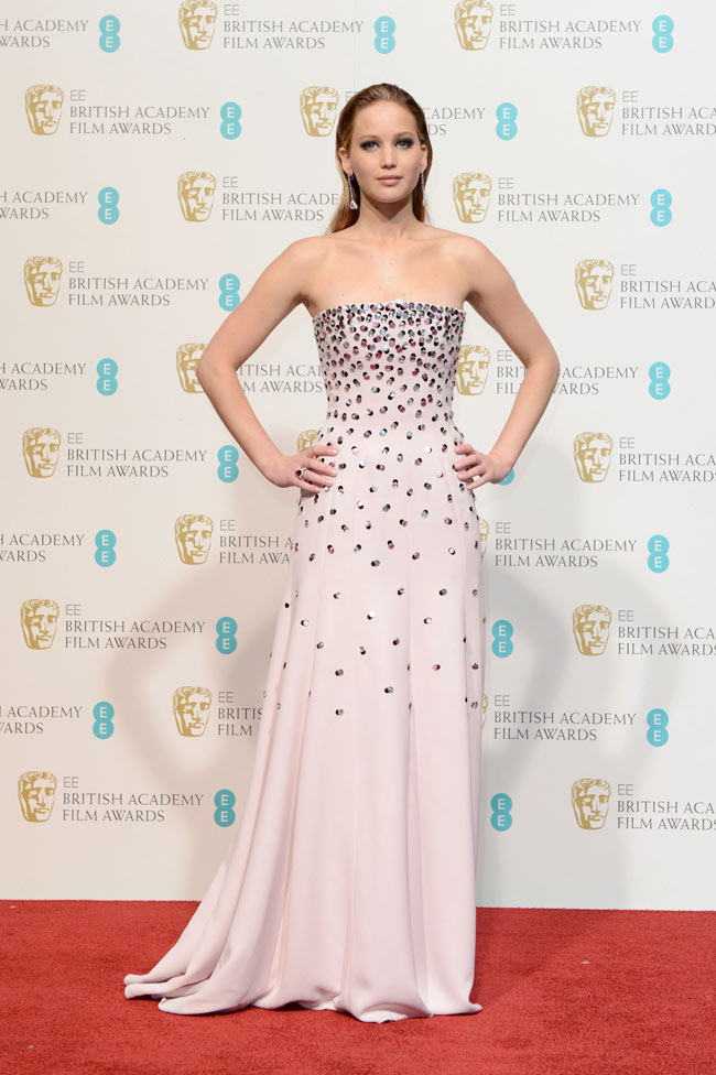Jennifer Bafta3 Jennifer Lawrence in Dior Haute Couture at the 2013 BAFTA Awards