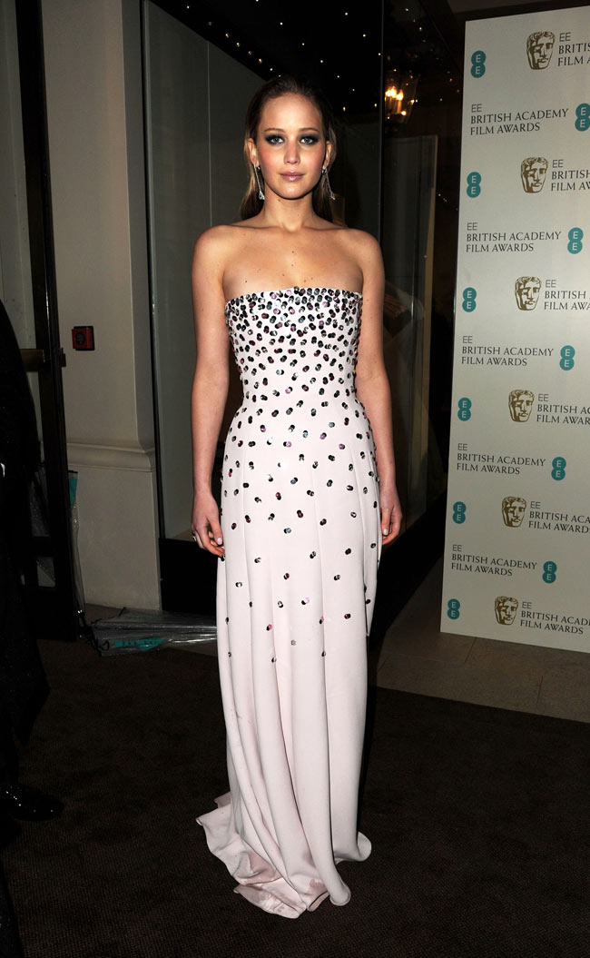 Jennifer Bafta4 Jennifer Lawrence in Dior Haute Couture at the 2013 BAFTA Awards