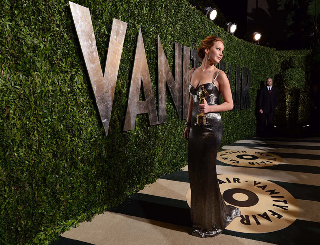 Jennifer Lawrence31 Jennifer Lawrence in Calvin Klein Collection at the 2013 Vanity Fair Oscar Party