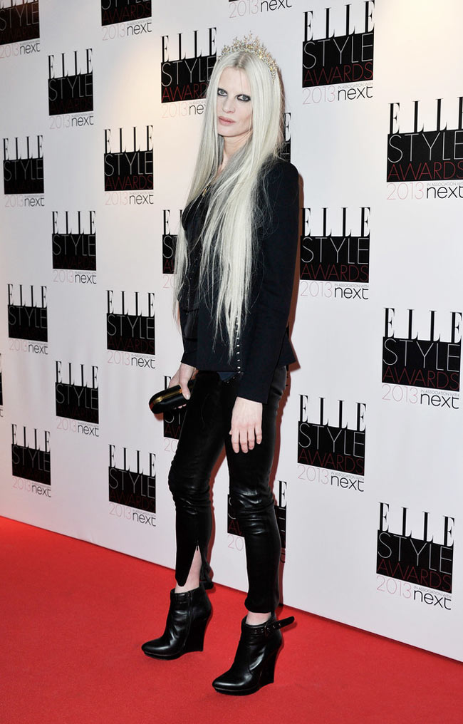 Kristen Elle2 Kristen McMenamy in McQ by Alexander McQueen at the ELLE UK Style Awards
