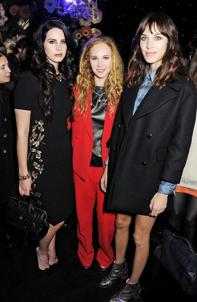 Lana Del Rey Juno Temple Alexa Chung Lana Del Rey in Mulberry at the Mulberry Fall/Winter 2013 Show in London